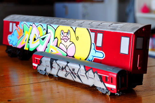 artiste graffeur train